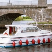 Silver River Klasse Boot